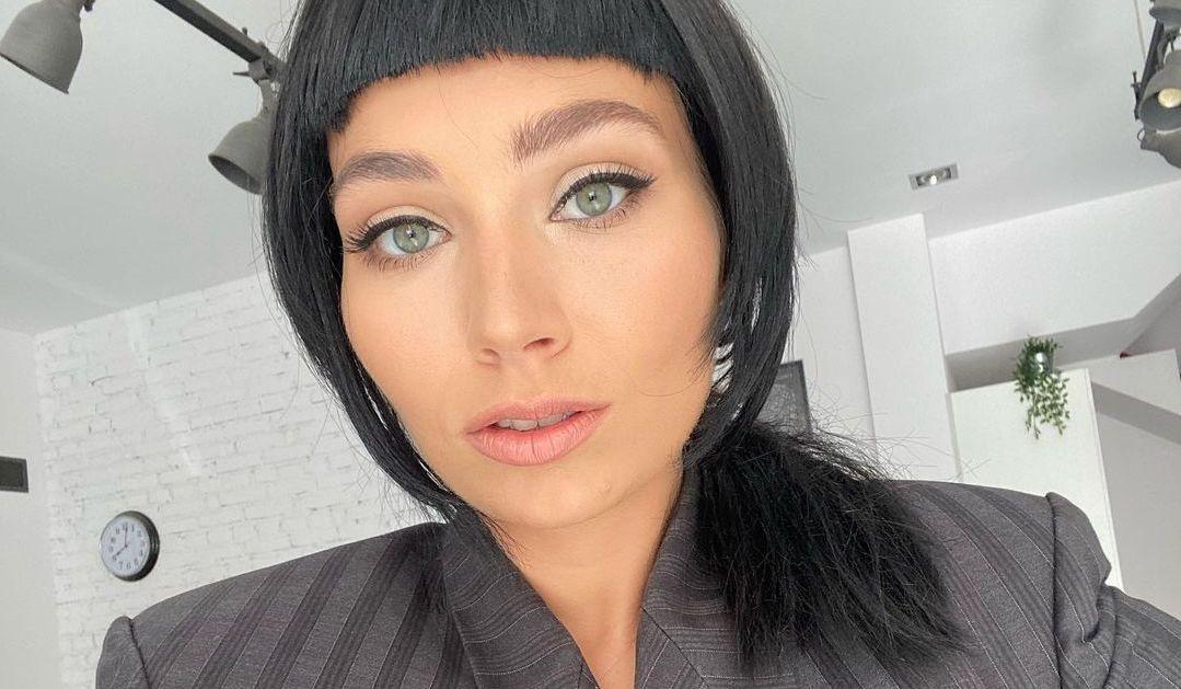 """Mery Spolsky pokazała zdjęcia w bikini i bez makijażu. """"Piękna dziewczyna korzystająca z życia"""" – piszą fani, zachwyceni jej naturalnością - Glamour.pl"""