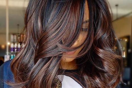 Trendy fryzury 2019: Cold Brew Hair to modna koloryzacja, inspirowana odcieniem kawy parzonej na zimno!
