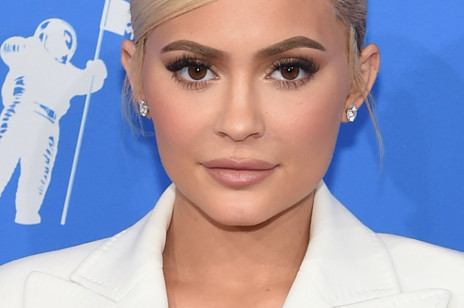 Kylie Jenner pokazała zdjęcie bez makijażu. Gwiazda zaprzecza operacjom plastycznym