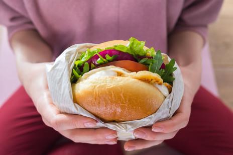 KFC wprowadza do oferty wegetariańskiego burgera!