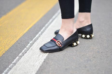 Trendy jesień 2019: Mokasyny, czyli modne buty na nowy sezon. Gdzie je kupić?