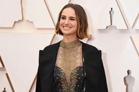 Oscary 2020: Natalie Portman swoją stylizacją oddała hołd innym kobietom. O co chodzi?