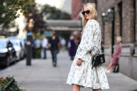 Trendy wiosna 2020: Modne sukienki w kwiaty na nowy sezon. Gdzie kupić najpiękniejsze modele?