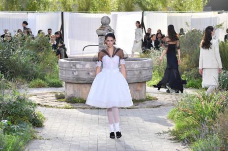 Fashion week w Paryżu i Londynie odwołany z powodu koronawirusa. Tydzień mody w Mediolanie przełożony na później
