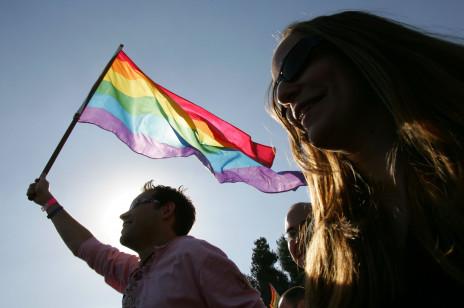 """Polskie miasta, które przyjęły uchwały """"anty-LGBT"""" nie otrzymają pieniędzy z Unii Europejskiej"""