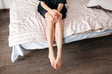 Pękające naczynka na nogach: sposoby na pajączki w młodym wieku