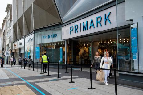 Pierwszy Primark w Polsce otwiera się już w tym tygodniu. Wiemy, co będzie można kupić. Jakie działy pojawią się w sklepie?