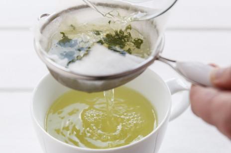Zielona herbata: właściwości. Jak je w pełni wykorzystać?