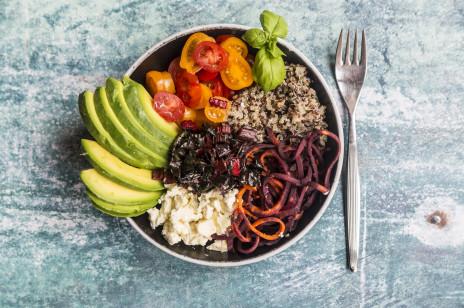 Czym zastąpić mięso w diecie wegetariańskiej? Oto 7 zdrowych i pożywnych zamienników