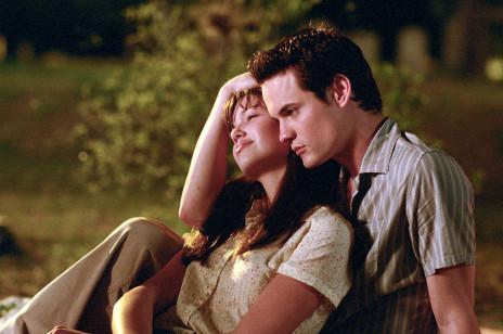 Film typu romans? Zebraliśmy najlepsze filmy romantyczne o gorących, przelotnych i burzliwych romansach