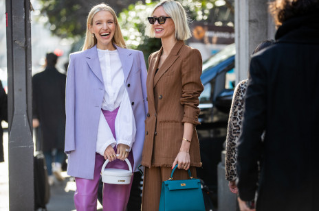 Moda trendy 2021: Co będzie modne wiosną i latem? Dominujące trendy, które pokochasz już dziś!