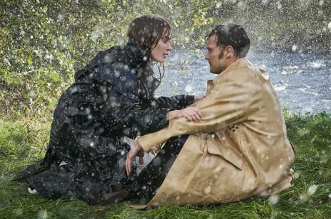 """Emily Blunt i Jamie Dornan zagrali razem w filmie! Znamy szczegóły i mamy zwiastun """"Wild Mountain Thyme"""""""