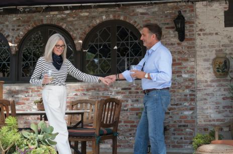 Czy można być za starym na miłość? Nigdy! Śluby seniorów są coraz popularniejsze, ale różnią się od tych organizowanych przez młodych