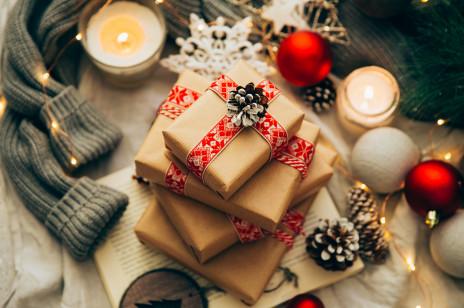 Jak zapakować prezent na święta? Proste, eleganckie i oryginalne propozycje