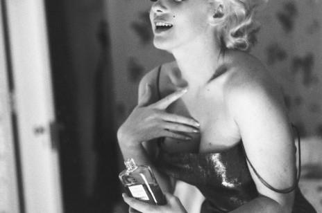 Perfumy z feromonami – te perfumy sprawią, że żaden mężczyzna ci się nie oprze! Jak działają?
