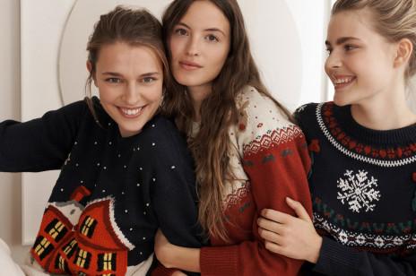 Najpiękniejsze swetry świąteczne, które kupisz w sieciówkach. Dzięki nim poczujesz klimat Bożego Narodzenia!