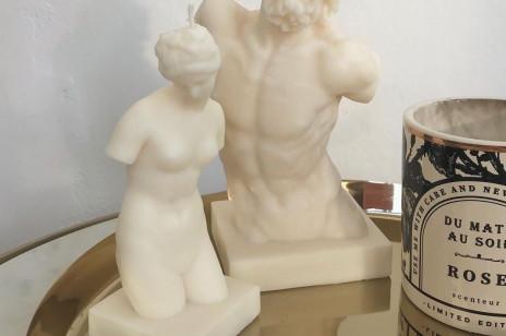Świeczki w kształcie kobiecego ciała i rzeźb są hitem na Instagramie! Gdzie je kupić? To idealny pomysł na prezent last minute