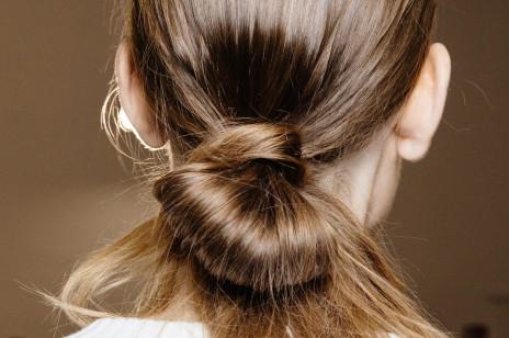 Te szampony do włosów dodadzą fryzurze objętości! Stymulują porost włosów i zapobiegają ich wypadaniu