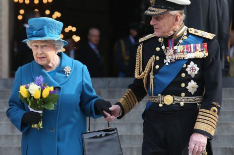 6 faktów na temat księcia Filipa, o których Elżbieta II wolałaby, abyście nie wiedzieli