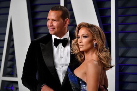 Jennifer Lopez i Alex Rodriguez - historia związku. Jak się poznali i dlaczego dwa razy przełożyli ślub?
