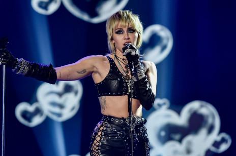 Miley Cyrus ma nowego chłopaka?! Amerykańskie media spekulują, że spotyka się ze znanym muzykiem