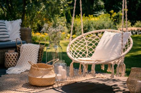 Marzysz o wiosennym odświeżeniu mieszkania czy zaaranżowaniu ogrodu? Sprawdzamy, czy jest to możliwe w świetle nowych obostrzeń