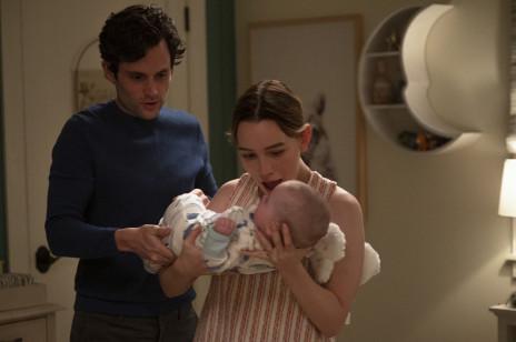 """Serial """"Ty"""" powraca! Oto (zaskakujący) zwiastun 3. sezonu, data premiery i pierwsze zdjęcia Joe Goldberga jako ojca"""