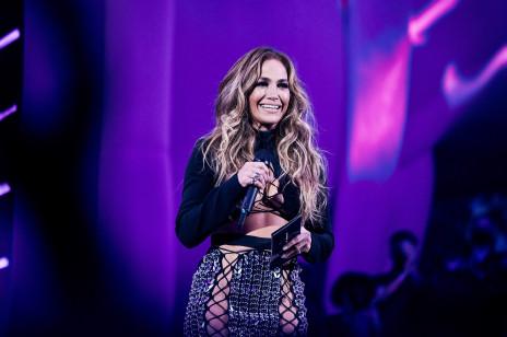 Kiedy (i czy w ogóle) kosmetyki JLo Beauty by Jennifer Lopez będą dostępne w Polsce? Marka skomentowała te doniesienia!