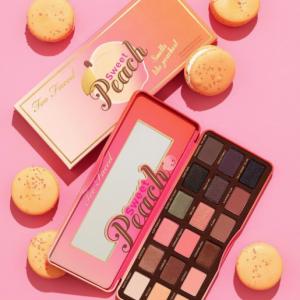 """""""Too Faced"""" wypuścił wiosenną kolekcję kosmetyków """"Sweet Peach Collection"""""""