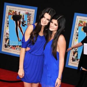 9 stylizacji Kendall i Kylie Jenner, które mogły założyć tylko siostry