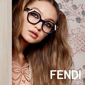 Gigi i Bella Hadid w kampanii Fendi wiosna/lato 2017