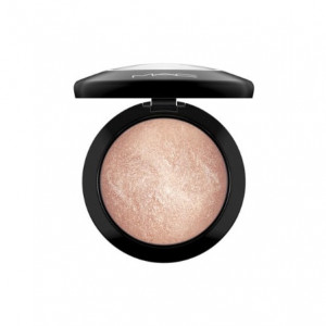 MAC Cosmetics – puder mineralny Mineralize Skinfinish