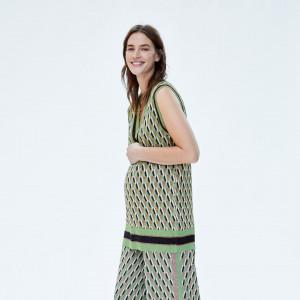 4337f455a1308 Zara wypuściła kolekcję dla przyszłych mam! Marka proponuje ubrania ...