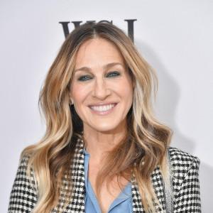 Trendy 2019 Ciemny Blond To Jeden Z Ulubionych Kolorów