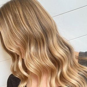 Wheat Blonde Hair – inspiracje z Instagrama