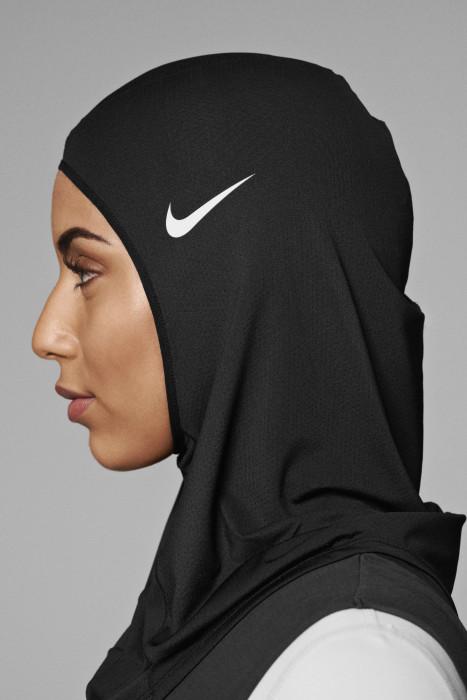 Spotyka się z muzułmanką
