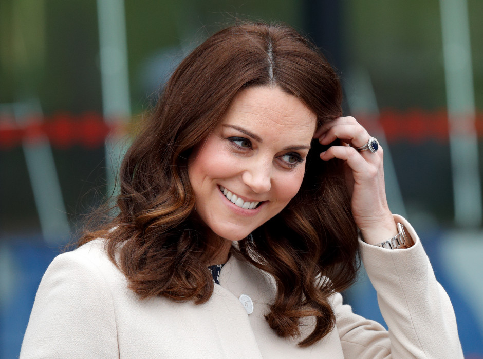 kate-middleton-w-sukience-z-zary