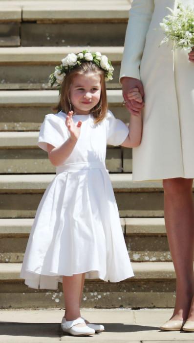 79936528af Księżniczka Charlotte i książę George na ślubie Meghan Markle i księcia  Harry ego - sama