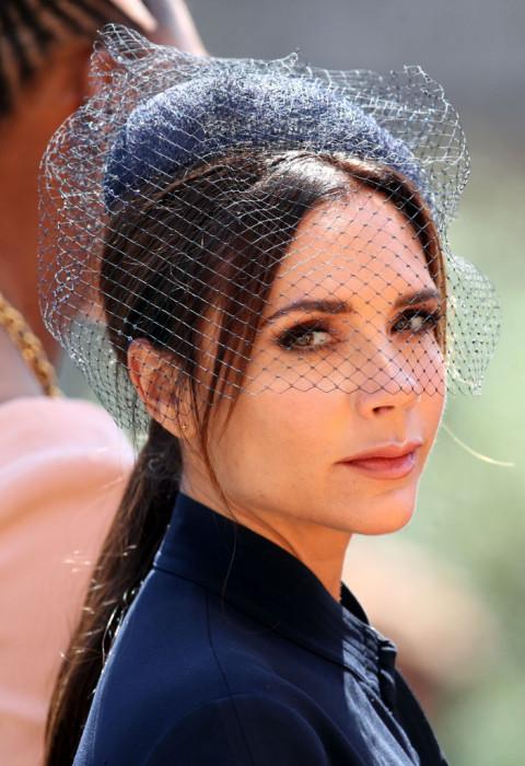 Victoria Beckham na ślubie Meghan Markle i księcia Harry'ego - internauci nie zostawili na niej suchej nitki!