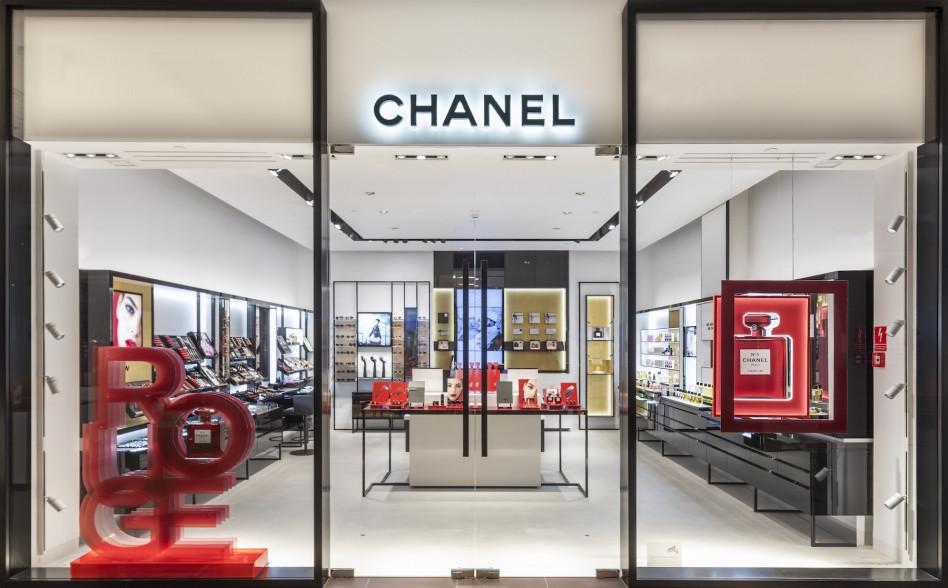 a44f90969b160 Pierwszy butik Chanel w Polsce już otwarty! Podpowiadamy gdzie ...