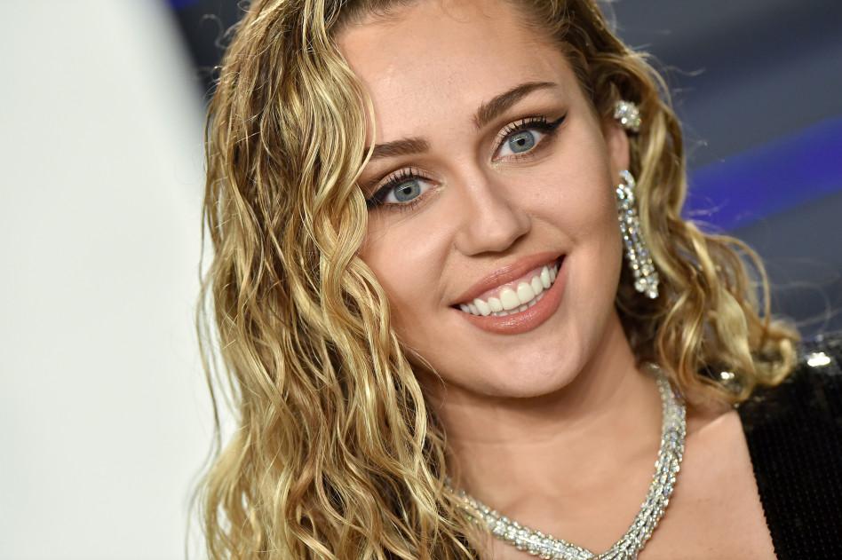 Miley Cyrus Ma Nową Fryzurę Wygląda Jak Hannah Montana