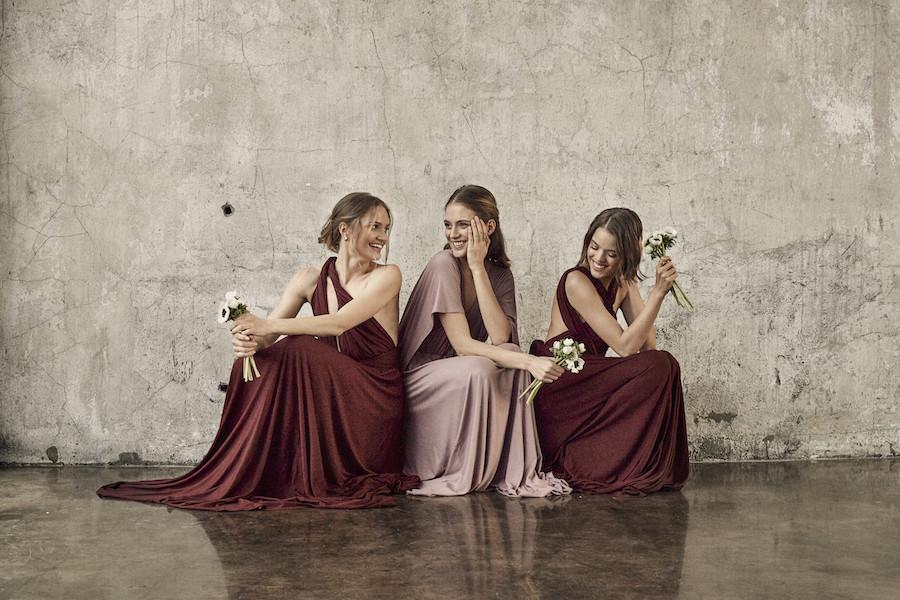 a5a6d26e05a7cf Szukacie idealnej sukienki dla druhen? Polska marka ma w ofercie model,  który zawiążecie na