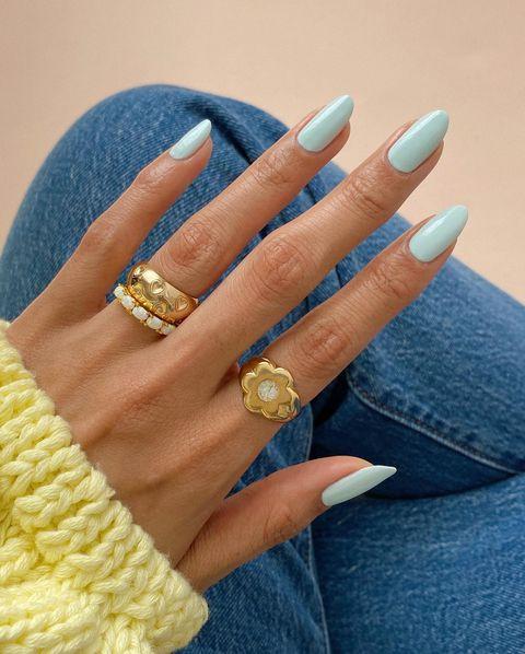 Błękitne paznokcie - inspiracje