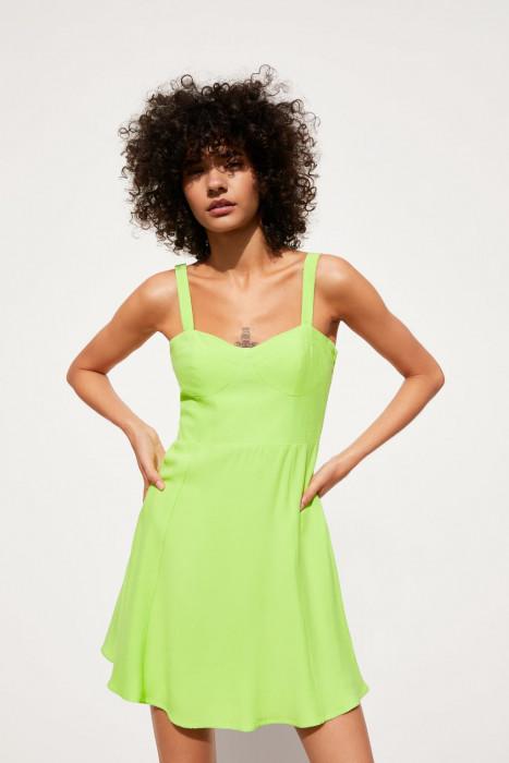 c7079b154e7314 Trendy 2019: Modne sukienki na lato, które kupicie za mniej niż 100 złotych!