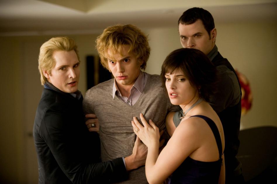 """[QUIZ] Którym wampirem z sagi """"Zmierzch"""" jesteś?"""