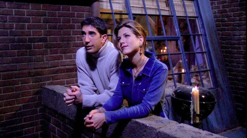 """[QUIZ] """"Przyjaciele"""" – jak dobrze pamiętasz 1. i 2. sezon kultowego serialu?"""