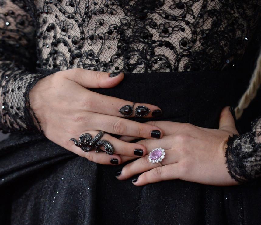 Lady Gaga Pokazała Na Gali Grammy Pierścionek Zaręczynowy Robi