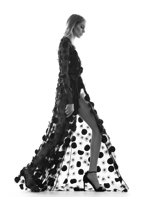 43135836c8 Simple x Dorota Williams - kolekcja wieczorowych sukienek - Glamour.pl
