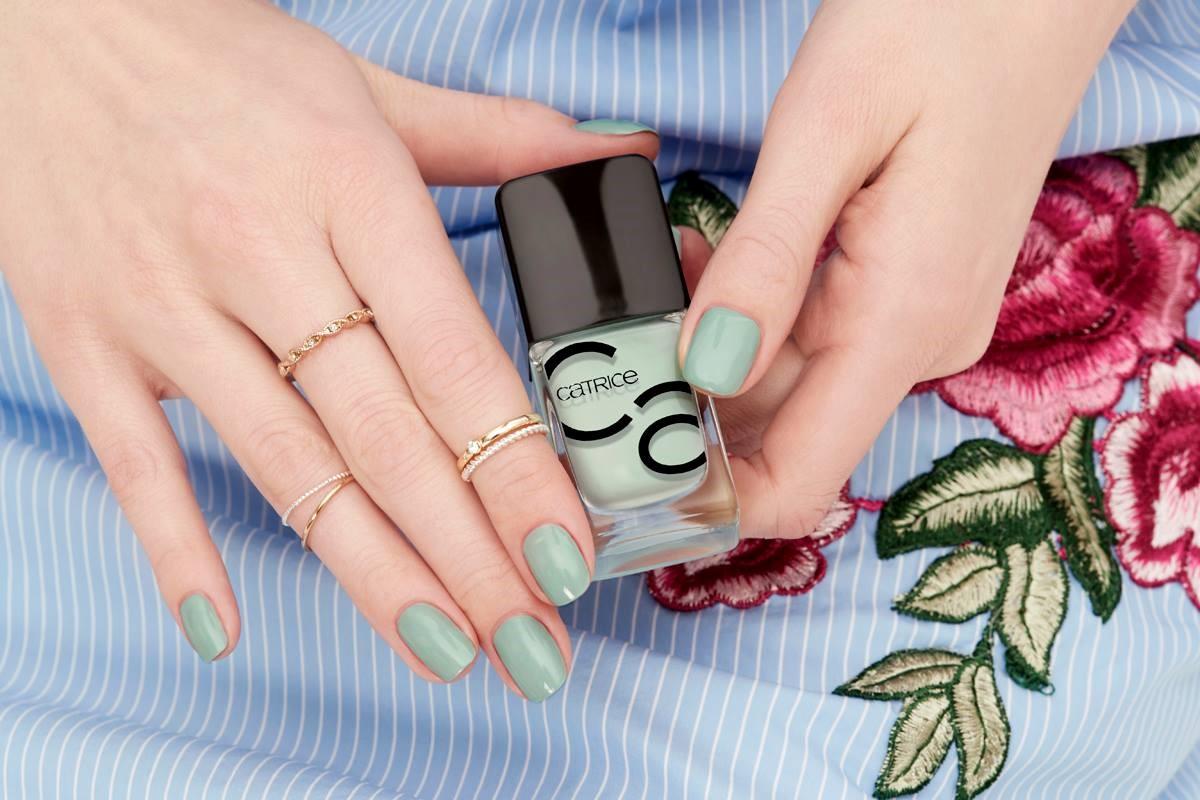 Iconails Catrice Zelowy Manicure Sezonu Glamour Pl