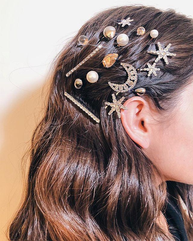 565c531400e6b4 Trendy wiosna 2019: Spinki do włosów. Gdzie kupić najmodniejszy dodatek  sezonu? - Glamour.pl
